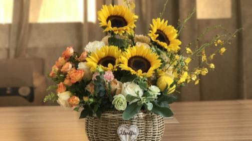 Saiba como criar um arranjo de flores naturais