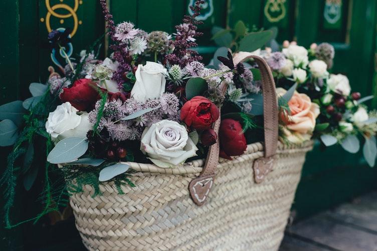 3 Flores Românticas Para Presentear a Pessoa Amada