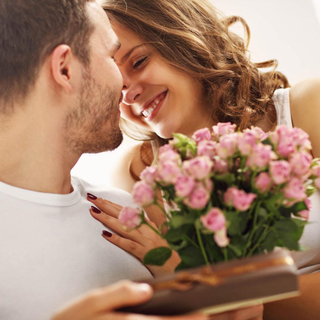 o que dar de presente para namorado barato