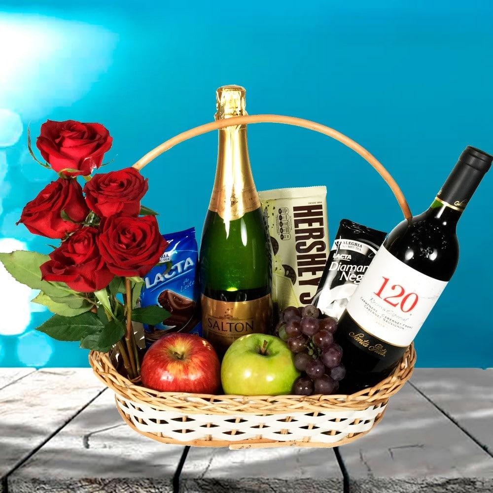 o que dar de presente para namorado vinho e frutas